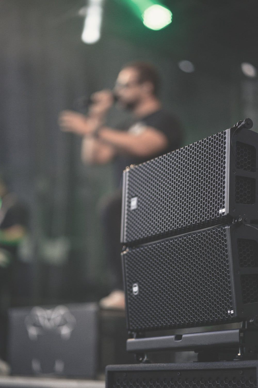 best line array speakers