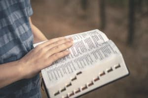 Guide to Meditate on the Word of God